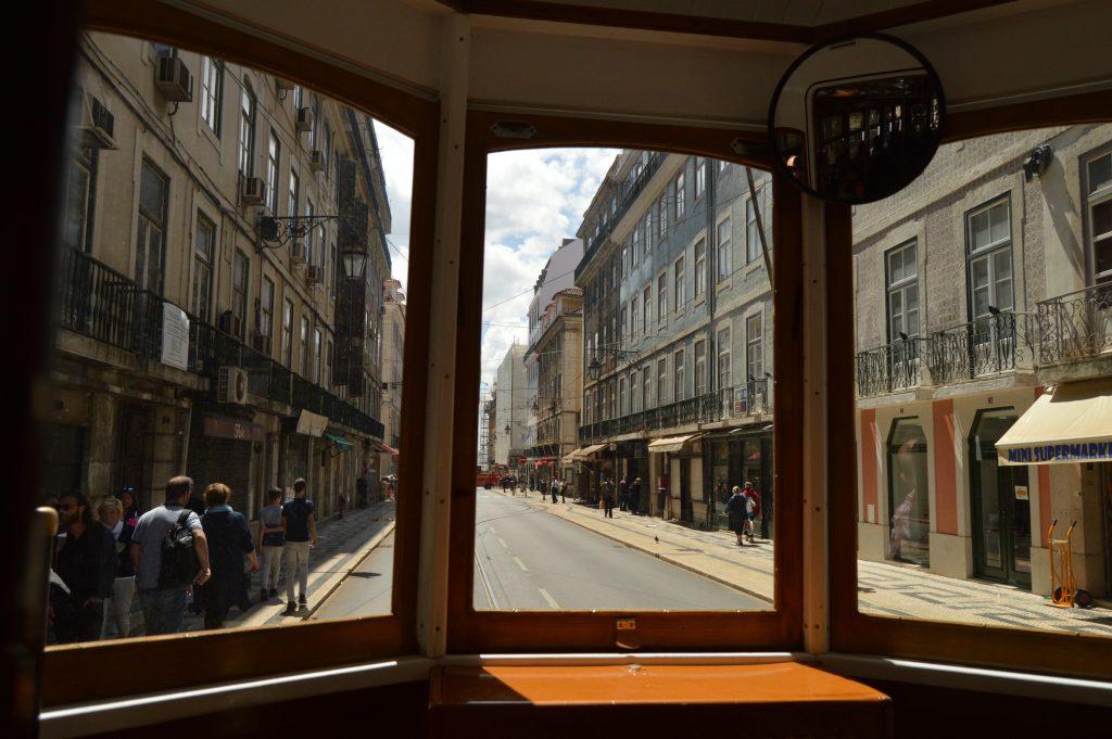 Tram 15E