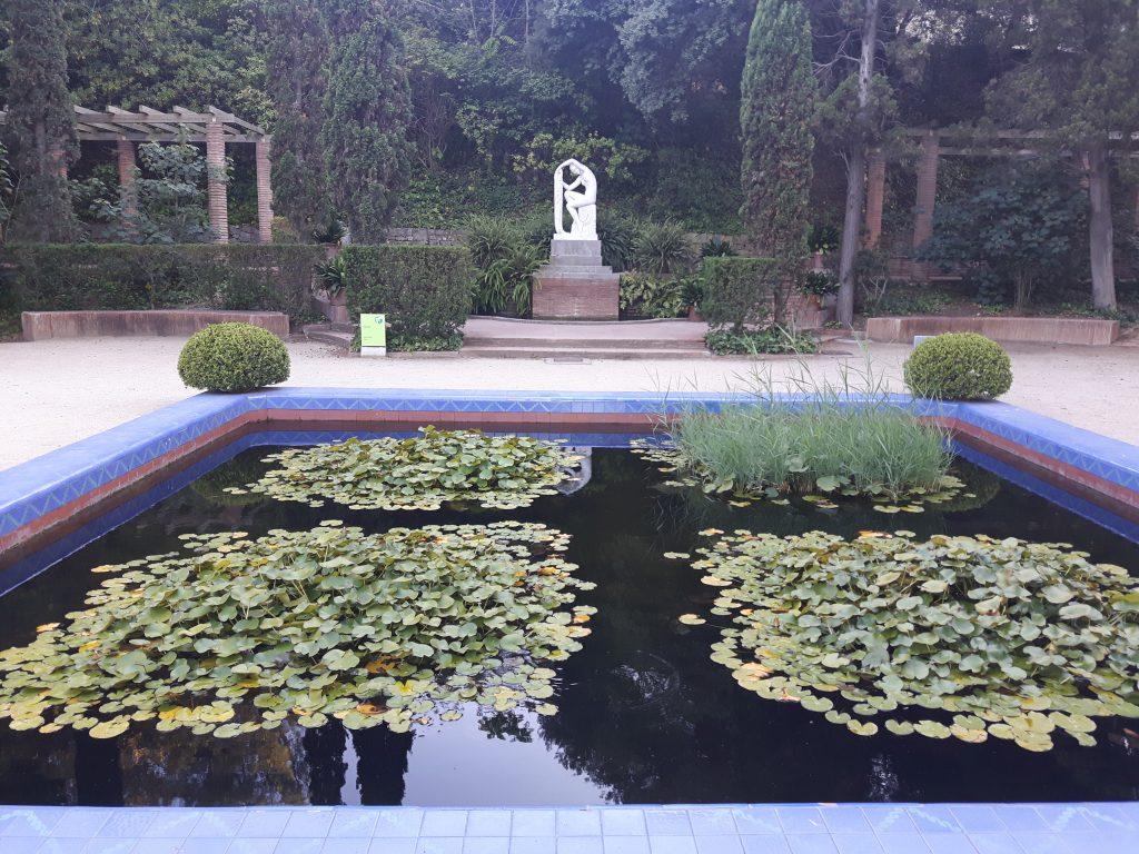 Laribal garden park