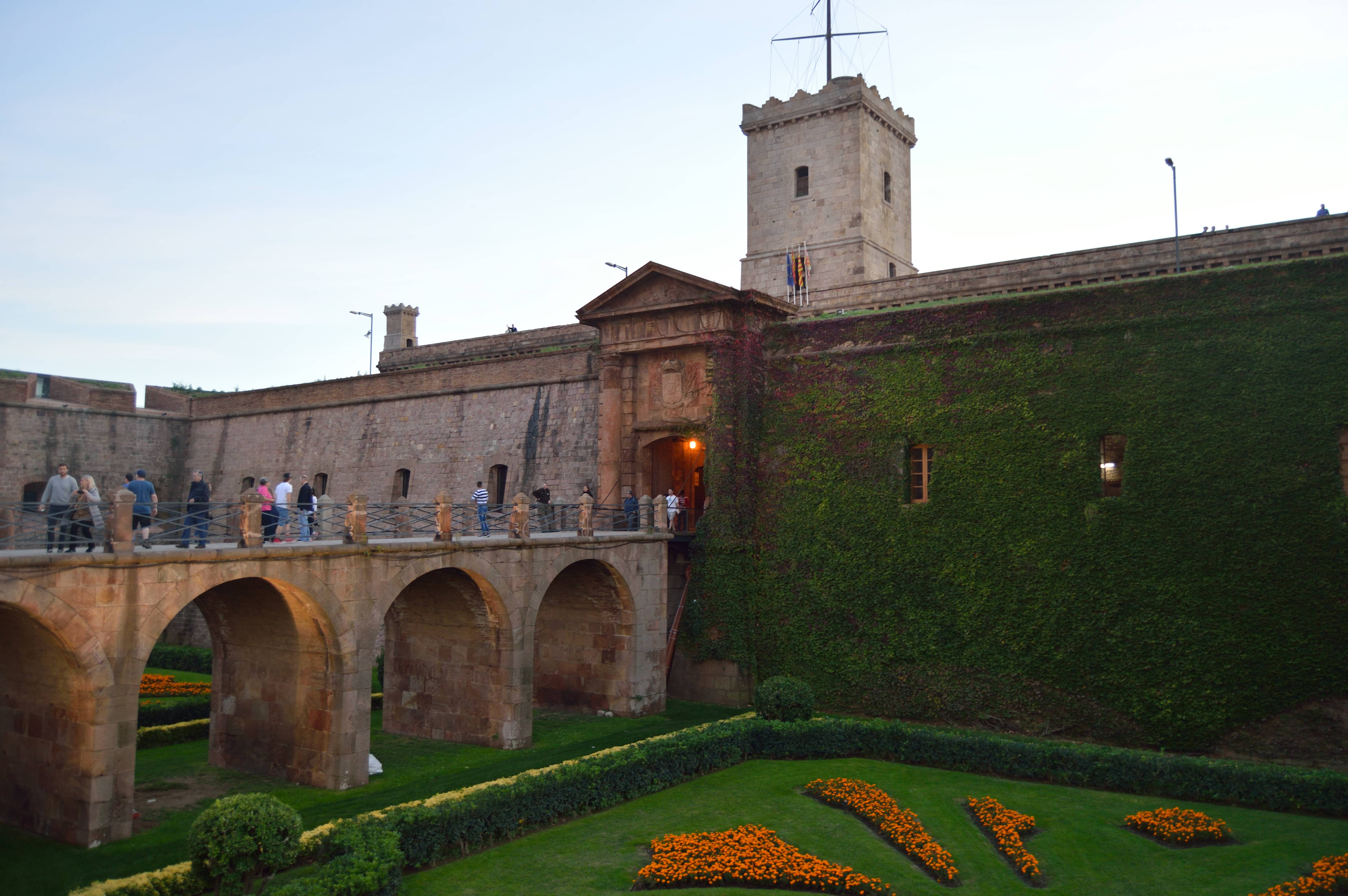 Montjuic tour in 1day: discover the green heart of Barcelona