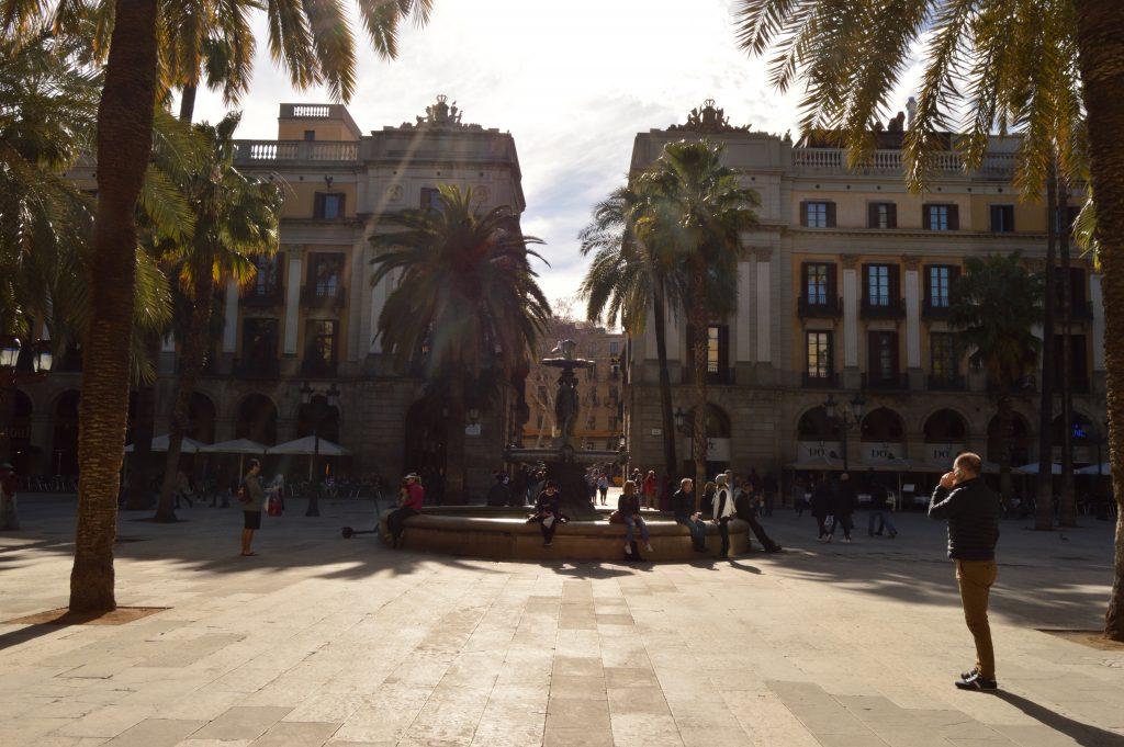 Reial square