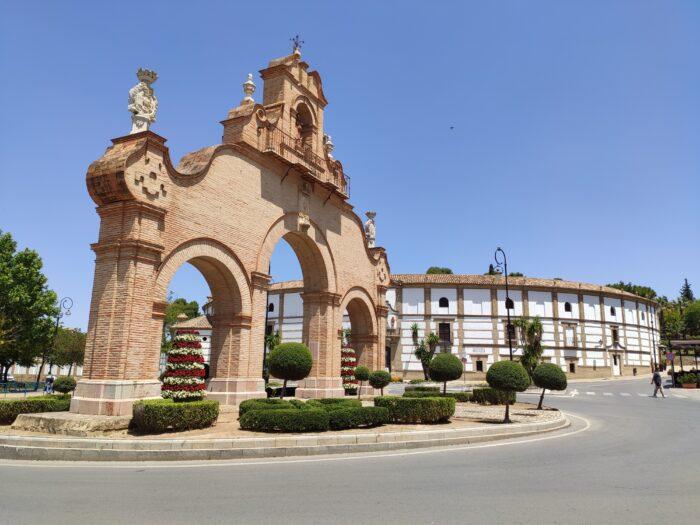 Puerta Estepa Gate